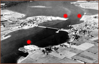 Aerial view of Rexton displaying the mill sites (red dots), circa 1942